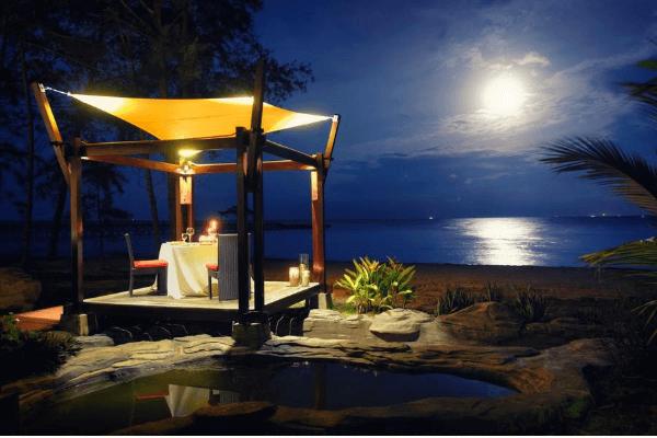 Pool Villa - 在这浪漫情调的月光下进餐真的是太幸福了